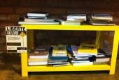 BookCrossing Sofá Café