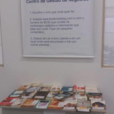 ETEP Faculdades estimula doação de livros por meio do projeto Bookcrossing
